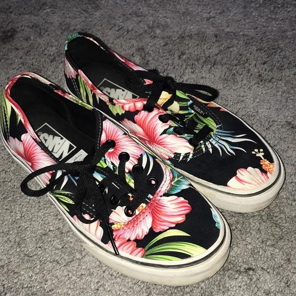 da5658eaccf Floral Hawaiian authentic vans. M_5cba3ca7248f7a702a9896e5